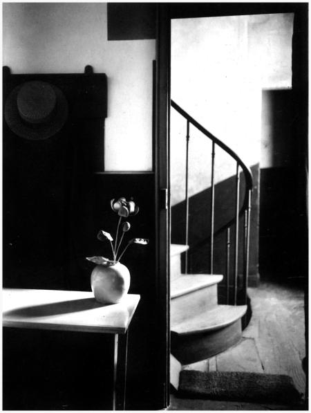 Andre Kertesz- Chez Mondrian, Paris, 1926